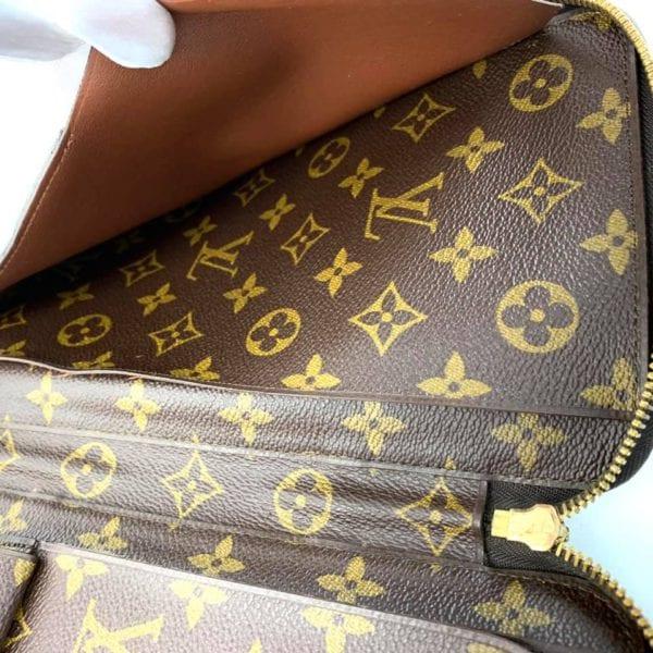 Louis Vuitton Poche Escapade Monogram Organizer Wallet