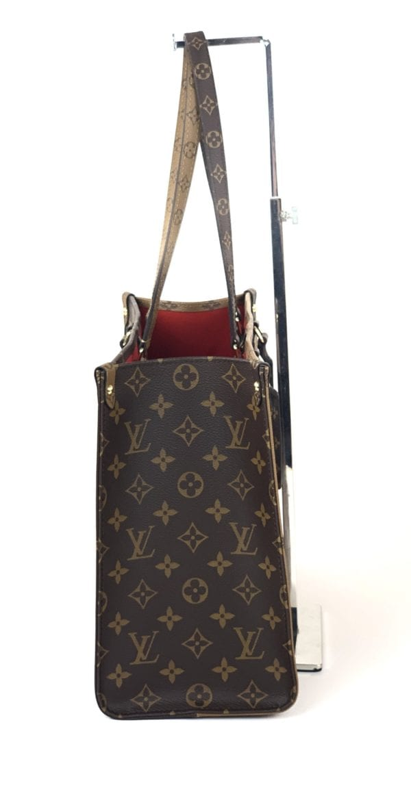 BRAND NEW Louis Vuitton Monogram Reverse Giant On The Go MM