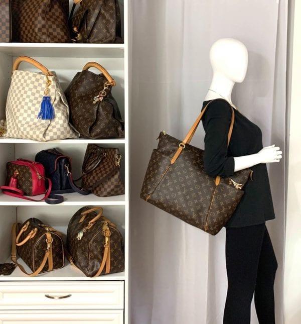 Louis Vuitton Totally GM Monogram Tote