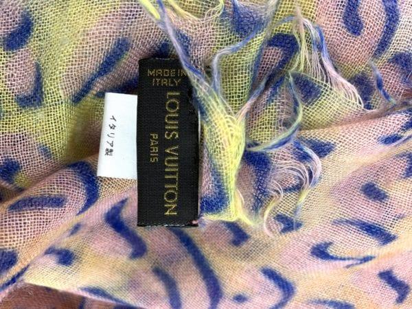 Louis Vuitton Leopard Stole Spray Rose