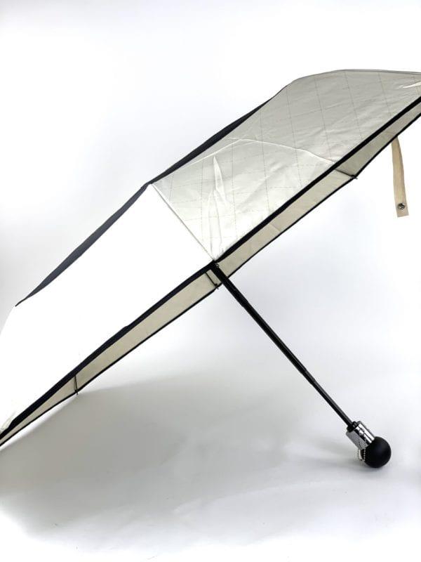 Chanel Umbrella Black/Cream