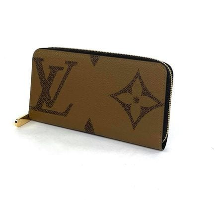 Louis Vuitton Reverse Monogram Giant Zippy Wallet