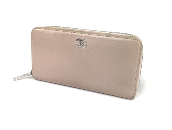 Chanel Vintage Light Pink Zip Around Wallet